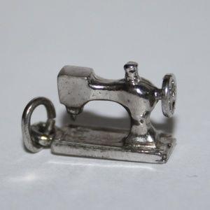Vintage silver sewing machine charm